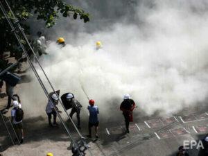 У М'янмі знову відкрили вогонь по протестувальниках, відомо про вісьмох убитих