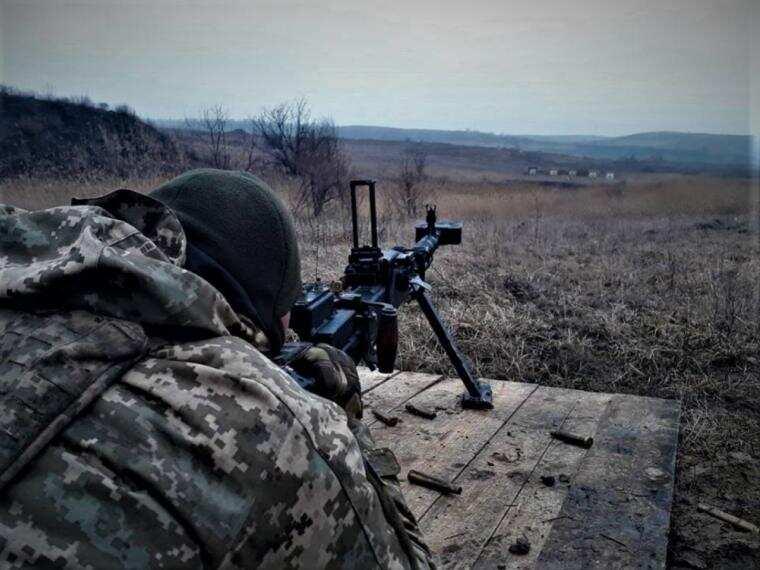 На Донбасі 9 порушень режиму тиші. Втрат серед українців немає