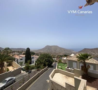 Townhouse – Corner Las Lomas, Chayofa, Arona