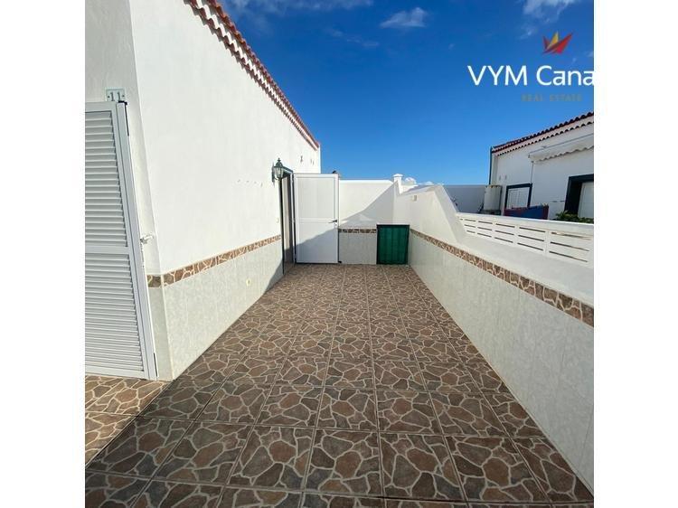 Dom / Willa Abades, Arico