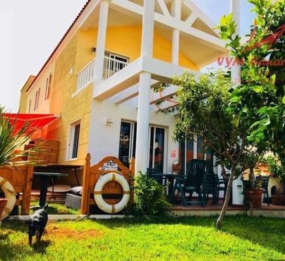 House / Villa Costa del Silencio, Arona