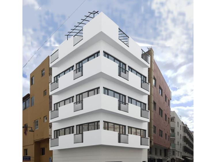 Здания — Отели Los Cristianos, Arona