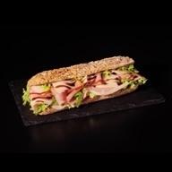 Sandwich πολύσπορο προσούτο & παρμεζάνα