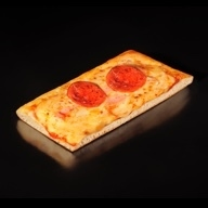 Pizza pepperoni κομμάτι