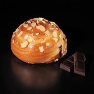 Τσουρέκι ατομικό σοκολάτα - καρύδι