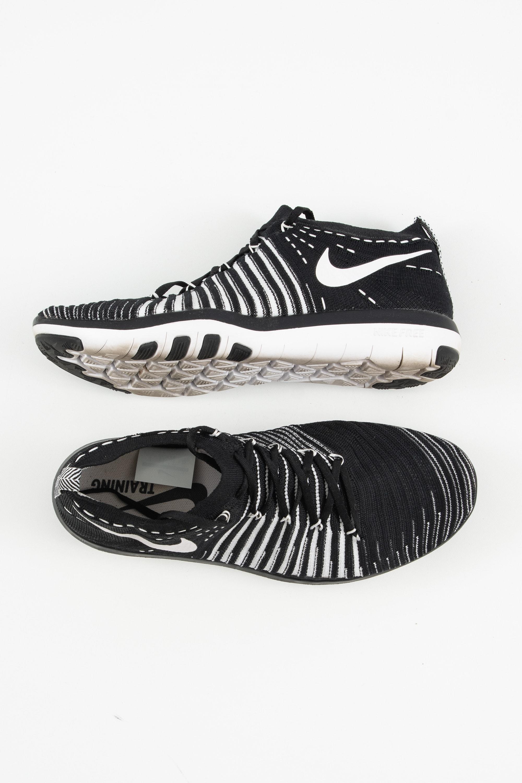 Nike Sneakers Schwarz Gr.39