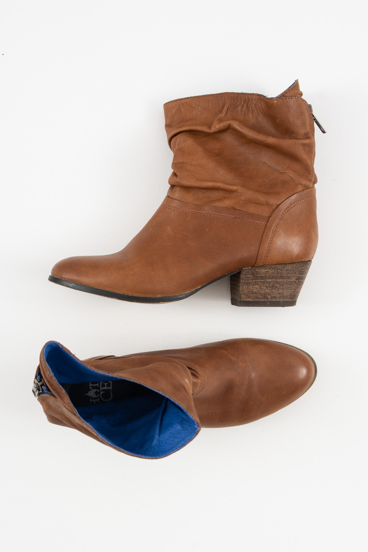 Hot Ice Stiefel / Stiefelette / Boots Braun Gr.38