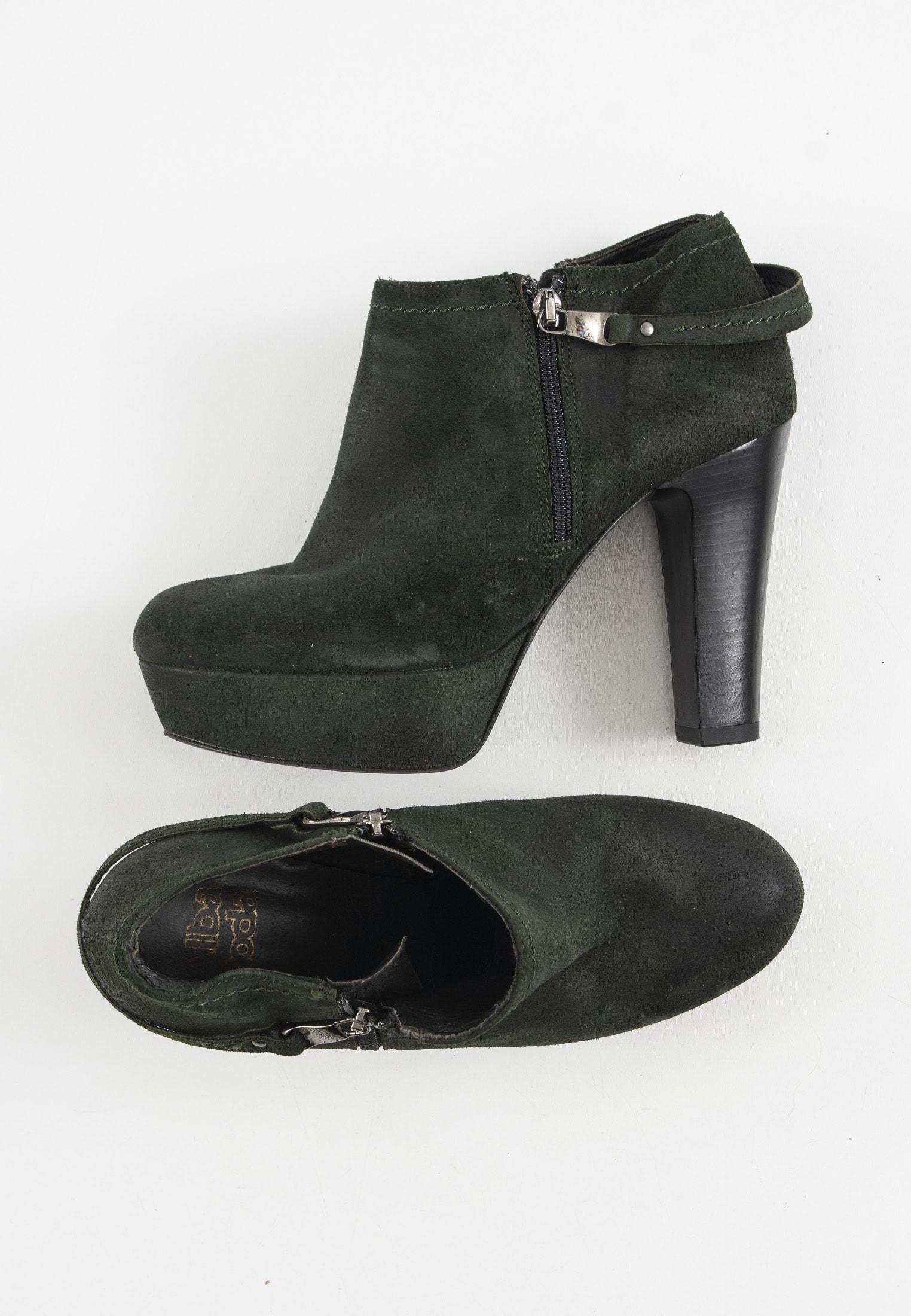 Alba Moda Stiefel / Stiefelette / Boots Grün Gr.38