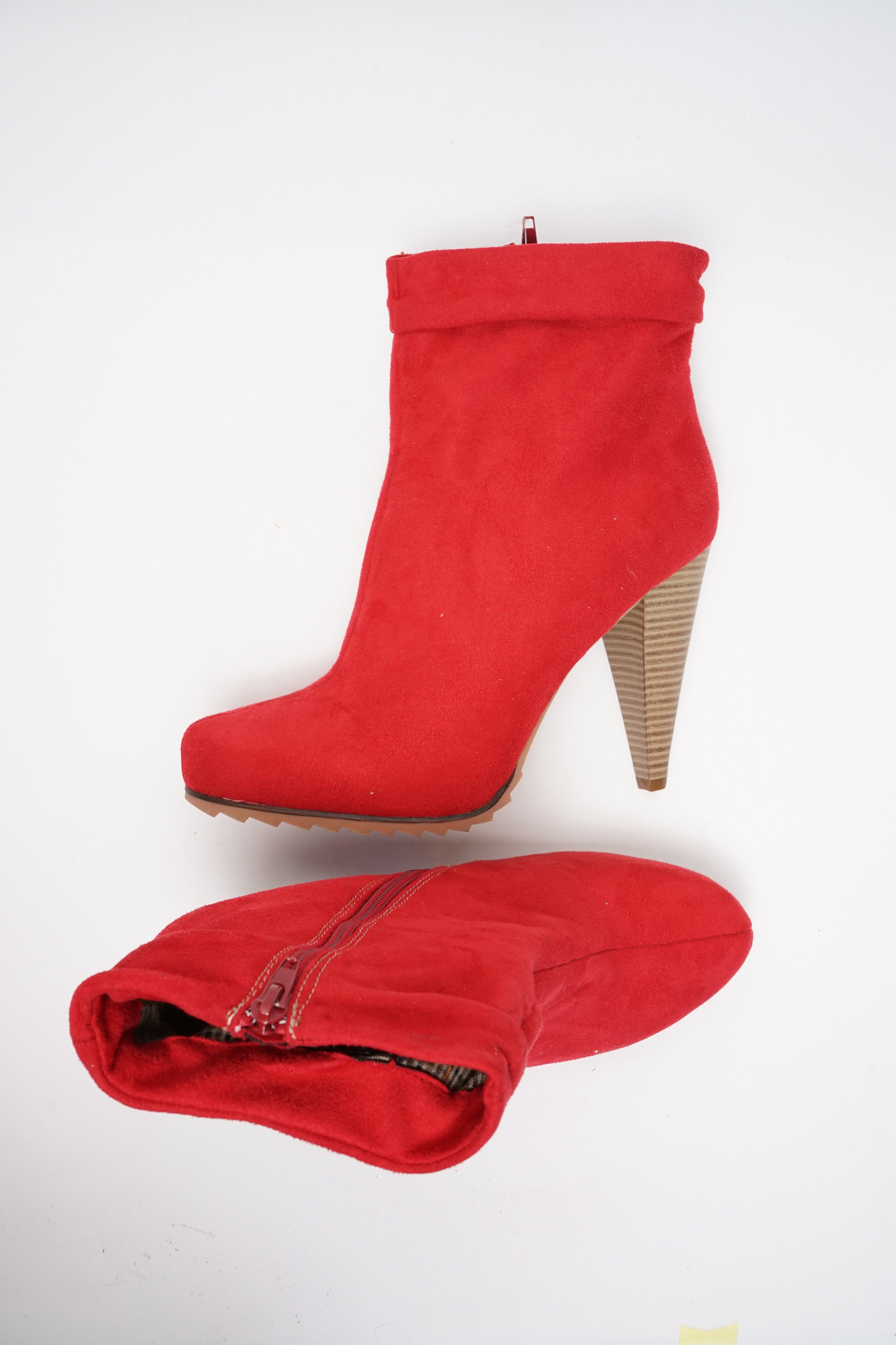 Asos Stiefel / Stiefelette / Boots Rot Gr.41