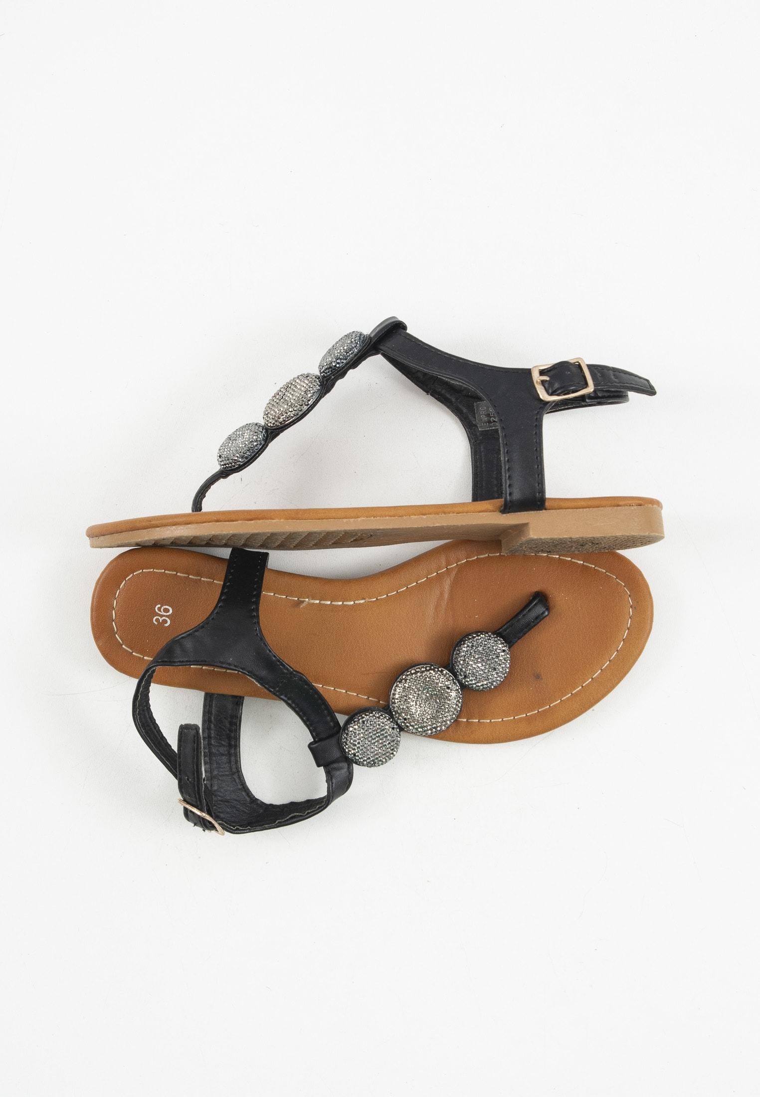 0039 Italy Sandale Schwarz Gr.36
