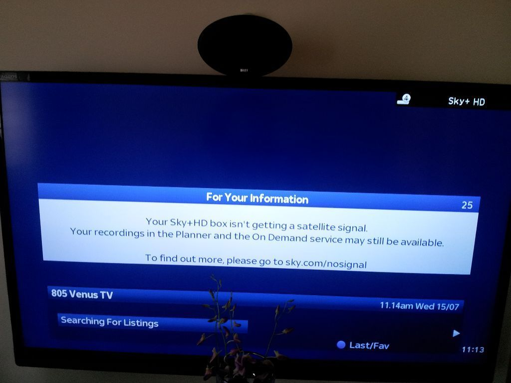 Your Sky Hd Box Isn T Getting A Satellite Signal >> Independent Sky Tv Engineers Freesat Sky Q Wind Scaffold