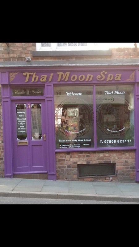 Moon thai massage