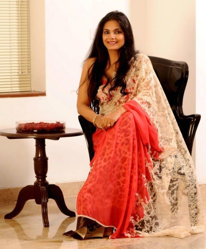 Mata Shri Devi Ji World renowned famous Psychic , top lady