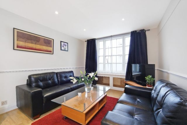 Three bedroom !! Hyde park !! Furnished !! Luxury !!