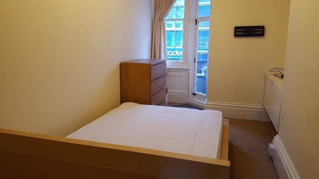 Double Sized Room to Let in Lovely Fully Furnished Maisonette South of Christchurch Rd, Boscombe