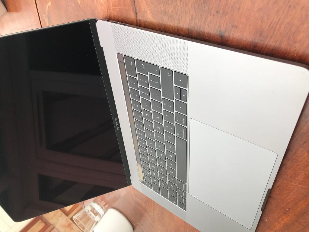 "macbook pro 15"" touchbar touch id top spec 2.9, 1 tb ssd, 16 gb ram, new, boxed, warranty-image-6"