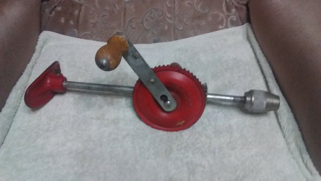 VINTAGE STANLEY LARGE HAND DRILL-image-1