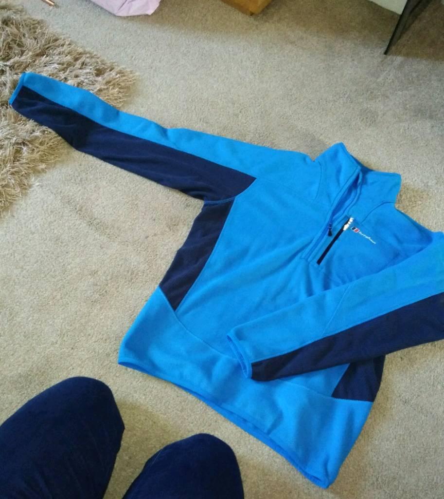 Light blue and dark blue berghaus fleece size medium-image-2