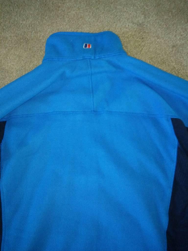 Light blue and dark blue berghaus fleece size medium-image-3