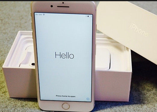 BRAND NEW - UNLOCKED - iPhone 8 64Gb Gold Apple Smart Phone-image-1