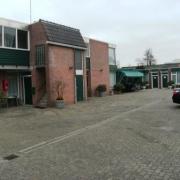 VERHUURD Hotel in levendig dorp ten noordoosten van de stad Groningen