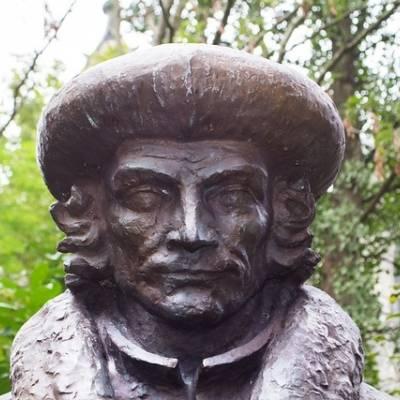 Erasmus Beeld Gouda