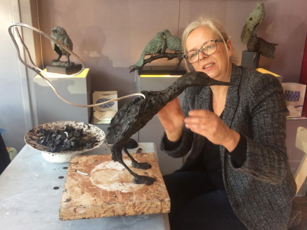 Jeanette Jansen Bronzen Beelden.Expositie Caught In The Act In Galerie De Hollandsche