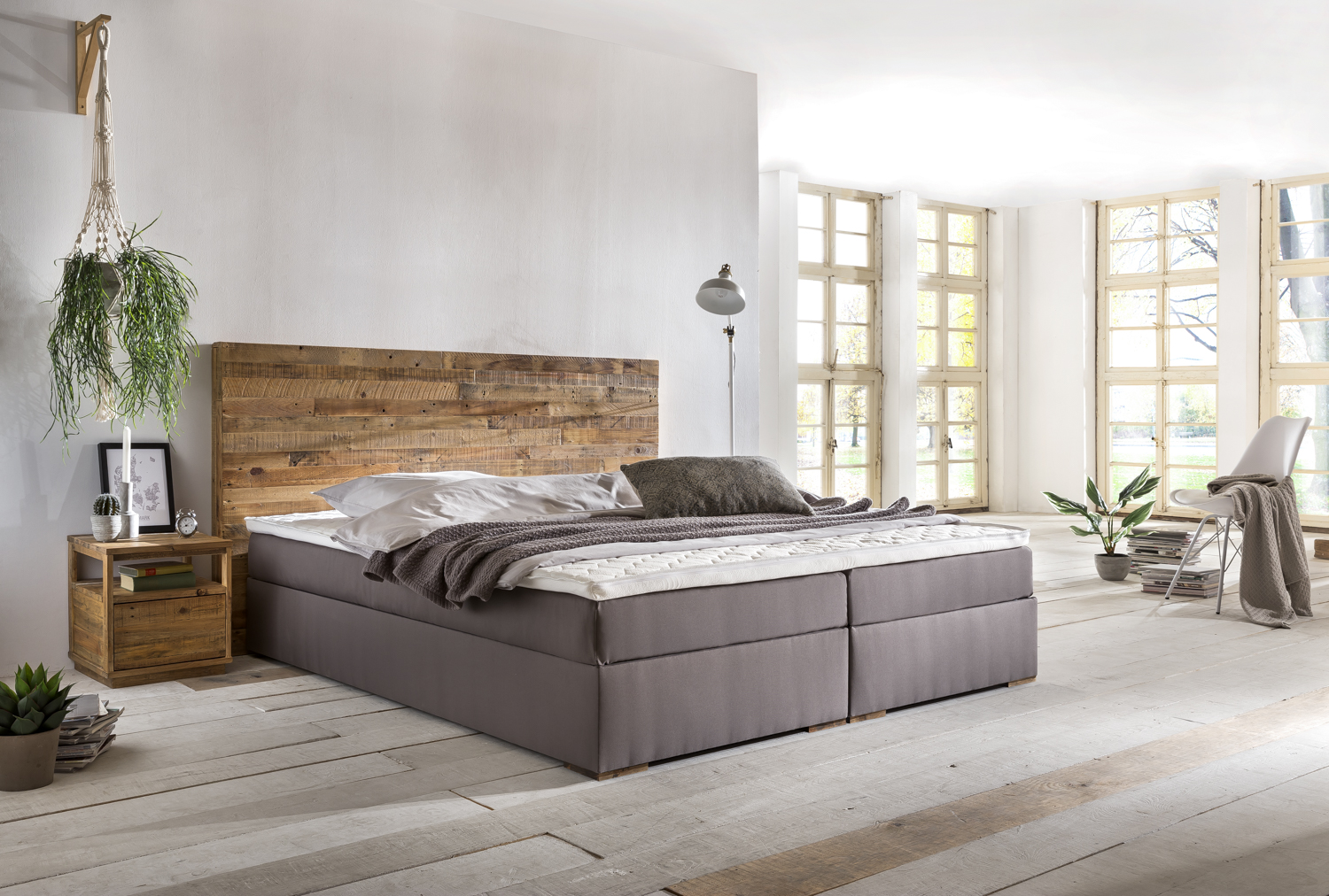 boxspringbett hastings 180x200 grau kopfteil echt holz. Black Bedroom Furniture Sets. Home Design Ideas