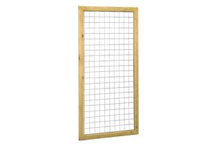 Betonijzertrellis met maas 7,5 x 7,5 cm, in grenen raamwerk 4,4 x 6,8 cm, 90 x 180 cm.