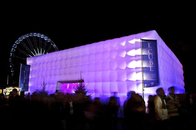 Inflatable airsculpt, temporary structure, events