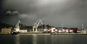© Mariela Apollonio. Docks in Aviles Port, Spain, [baragaño] Architects, 2010. (Source: http://fotografadearquitectura.com/docks-aviles-port-spain-2/)