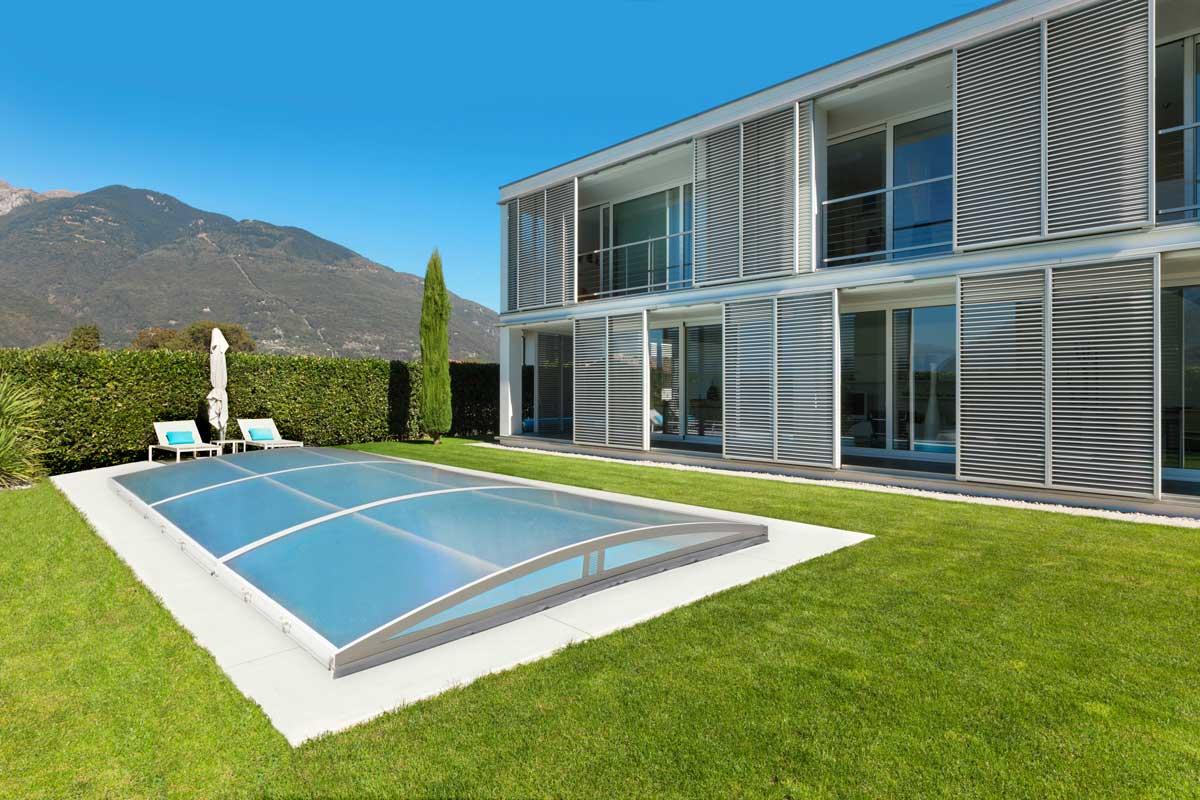 Copertura piscina mobile piatta