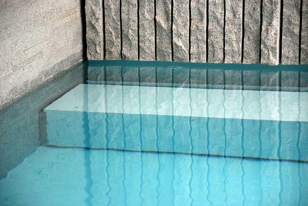 Panchina piscina copertura teak