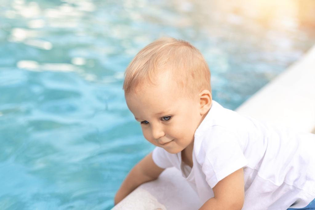 Sicurezza bambini piscina