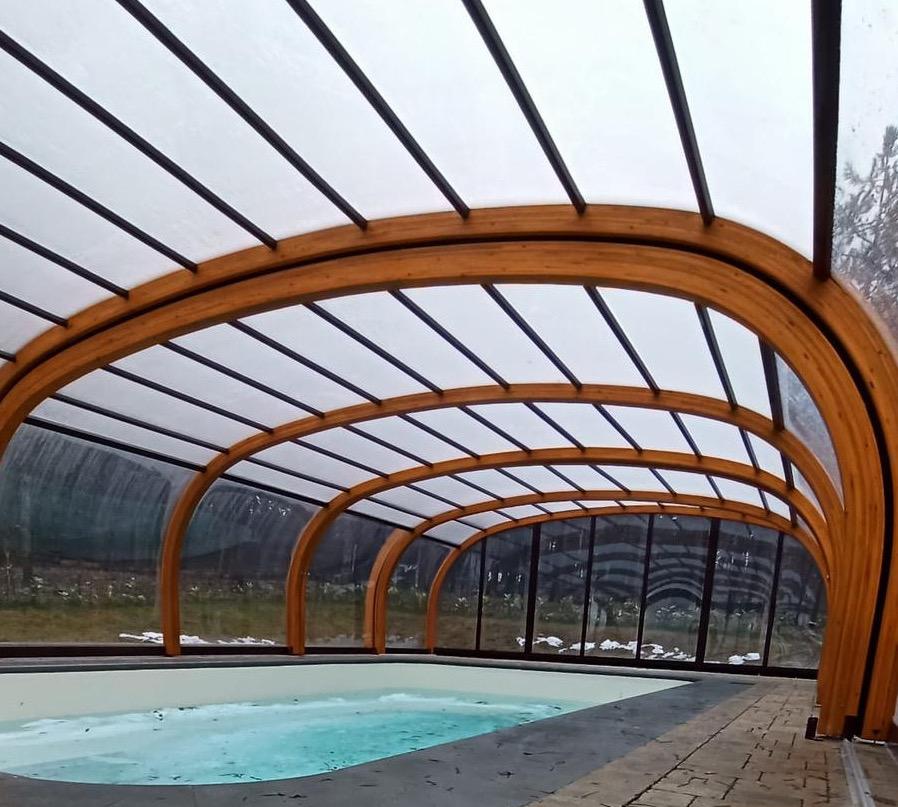 Copertura piscina alta in legno