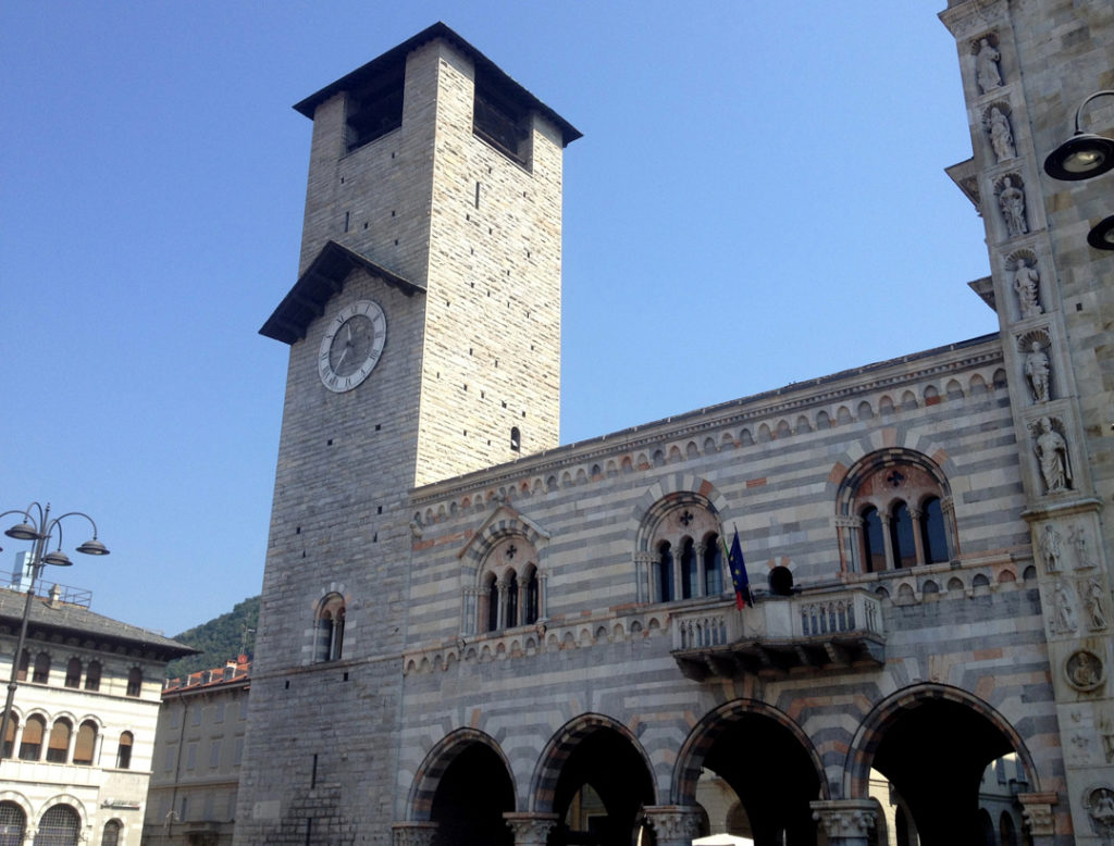 Broletto and its bell tower, Como