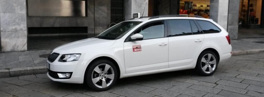 Taxi in Lake Como