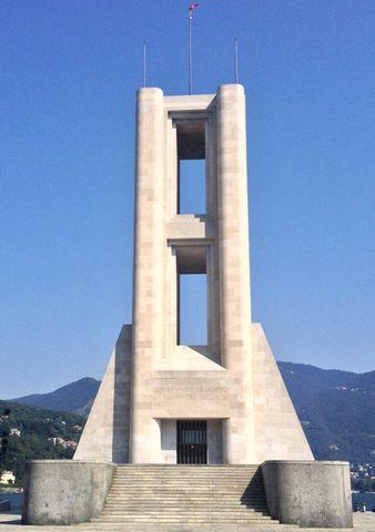 War Memorial by Giuseppe Terragni and Antonio Sant'Elia, Como