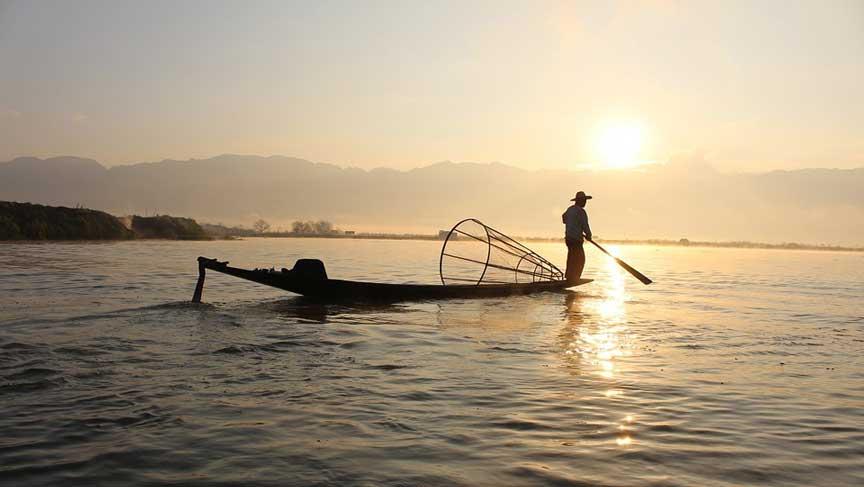 Fishing in Lake Como