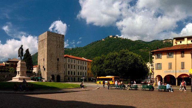 Piazza Vittoria, Como