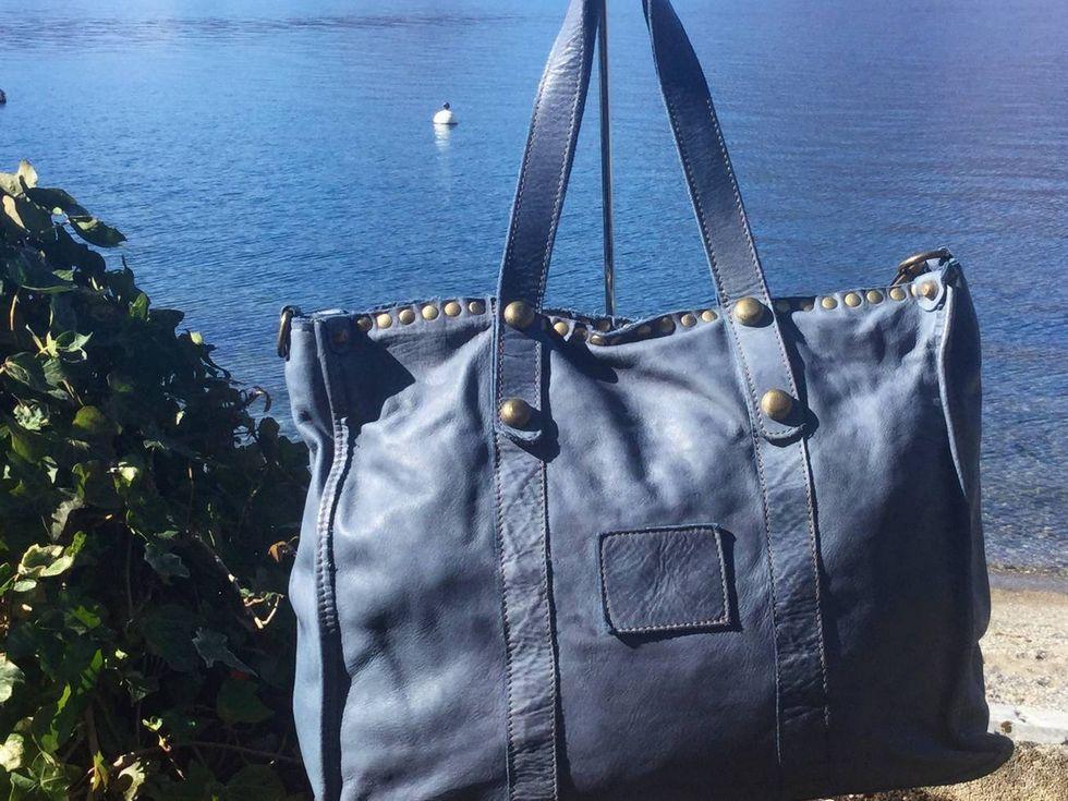 Vintage leather bag, €175