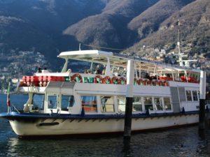 Public boat tours on Lake Como