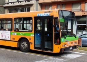 Bus service around Lake Como