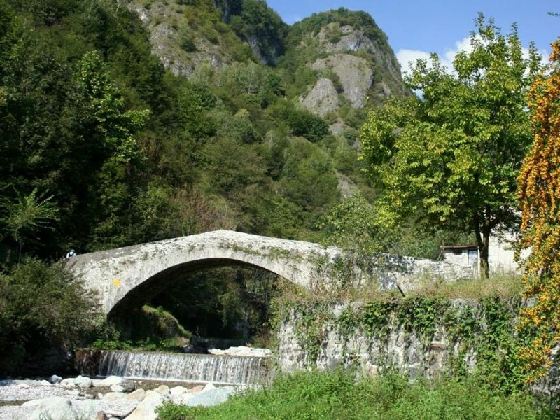 Bridge over the Senagra stream, Menaggio