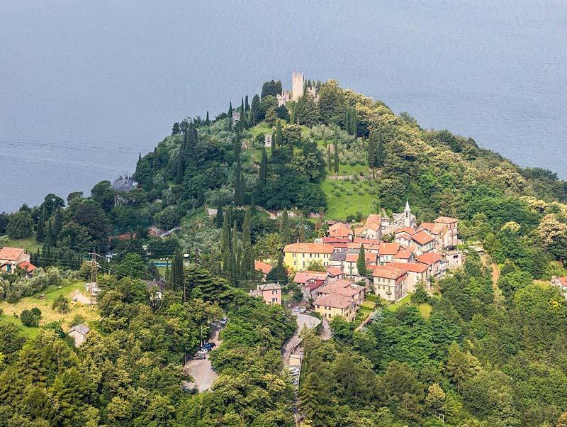 View over Castello di Vezio
