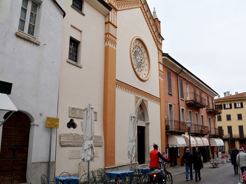 Church of Santa Marta (picture: lariolakecomo.com)