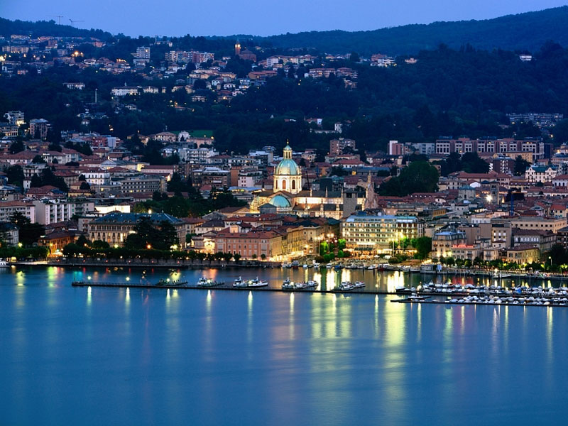Como by night