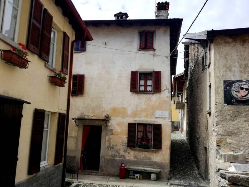 Pigra, Lake Como