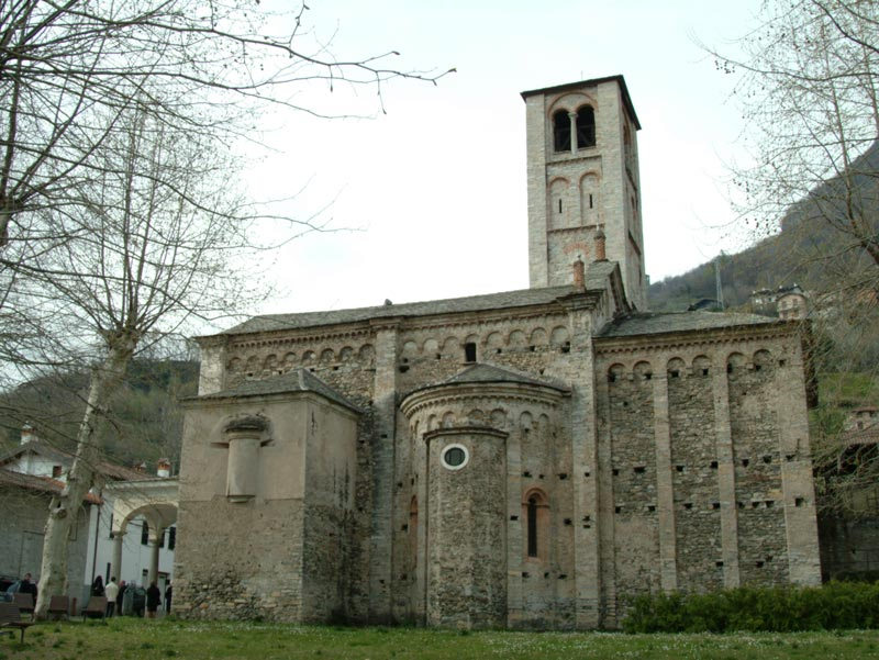 Church of Santi Gusmeo and Matteo, Gravedona