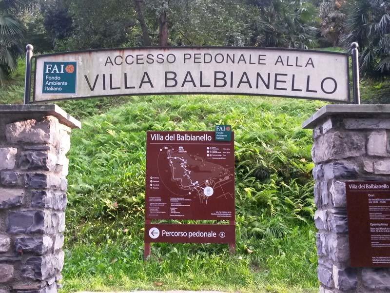 Start of the footpath to Villa Balbianello